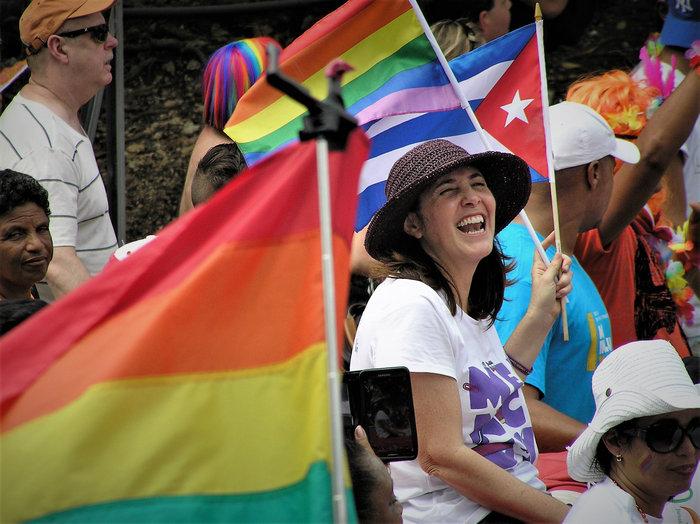 Cubanas. Mujeres en revolución foto